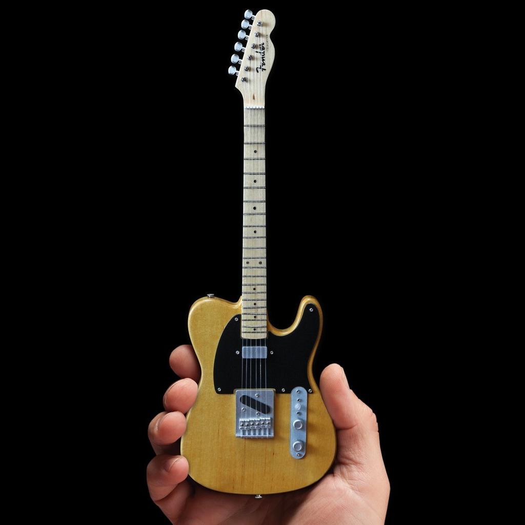 Miniatur Gitarre Fender Telecaster Butterscotch Blonde inklusive Case und Ständer